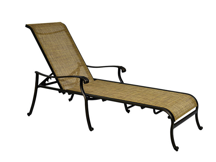L674 Outdoor chaise lounge chairs